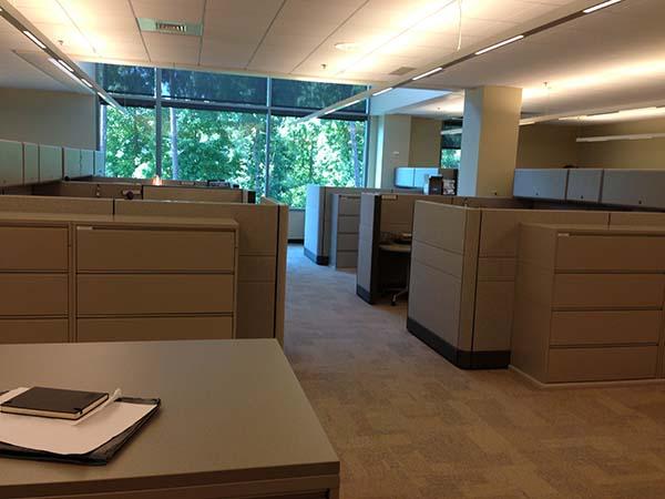 bgea-office3pt